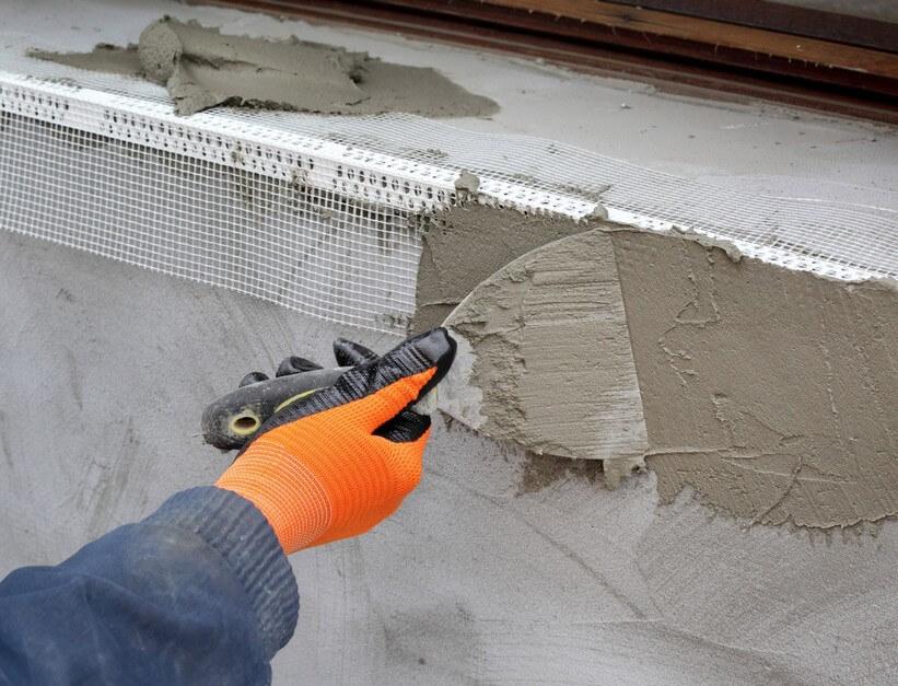 штукатурка цементом откоса окна